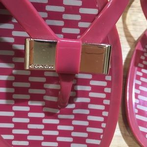 GOLD PINK COACH BOW FLIP FLOP THONG SANDALS. 10